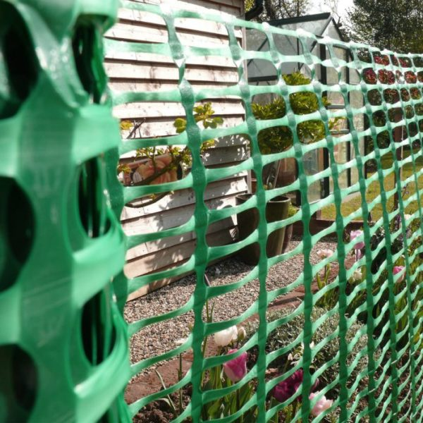 product picture of green plastic barrier fencing pic 2