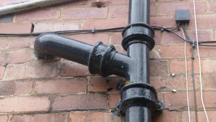 picture of a cast iron soil pipe stack